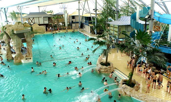 Pool Bordeaux