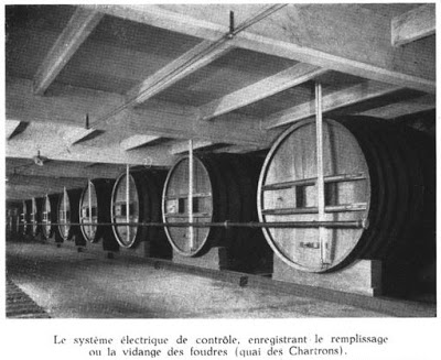 Large storage barrels underneath the quai des Chatrons...