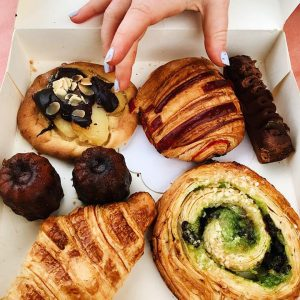 Bordeaux Expats - Bordeaux's Best Bakeries + History Tour